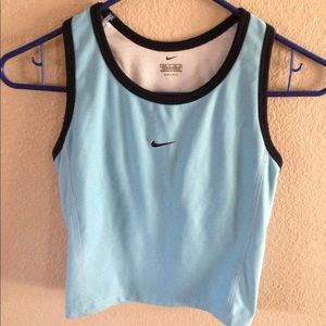 Nike Dry Fit lot Women's Small 4-6 Blue top shorts